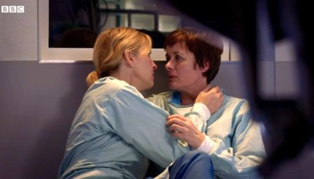 Holby City (18/47) Bernie (Jemma Redgrave) and Serena (Catherine Russell)