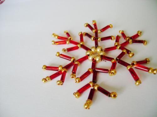 FREE Golden Reddish Snowflake Tutorial by Jana Mazorová