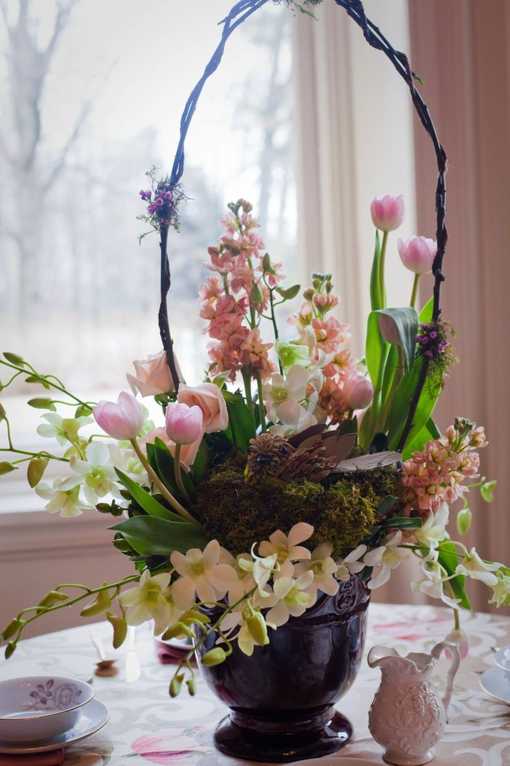 Charming Easter basket flower centerpiece