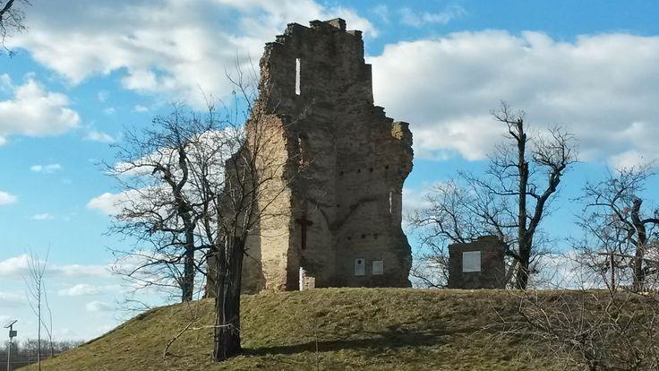 A zeleméri templomrom és a bronzkori földvár