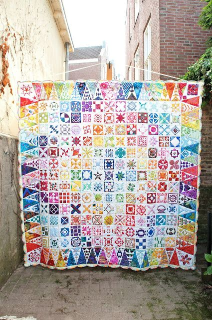 Welcome to the blog of Quiltshop 100 rozen. 100 rozen is located in Deventer, walstraat 90, the Netherlands.