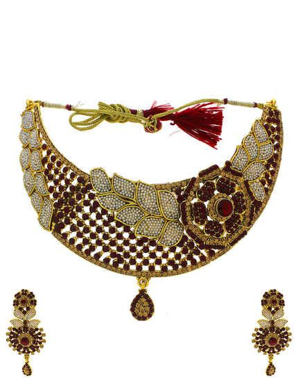 888b90d4c This festive season Anuradha Art Jewellery offers wonderful collection of designer  traditional necklace. To view