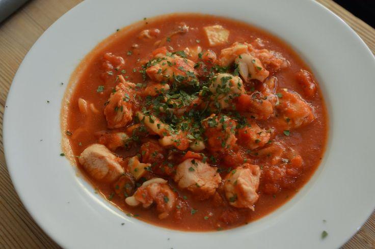 Jurnal de Dieta: Supa de rosii cu piept de pui si fructe de mare