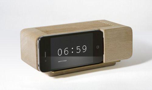 Dieter Rams iPhone Clock