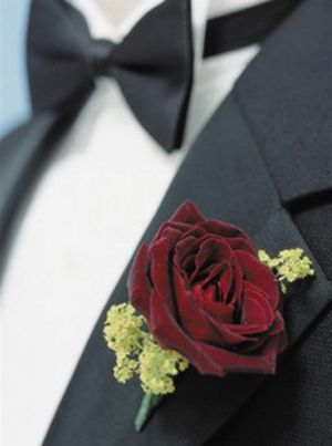 Wendy- we like this boutanierre for the groom, No green though!