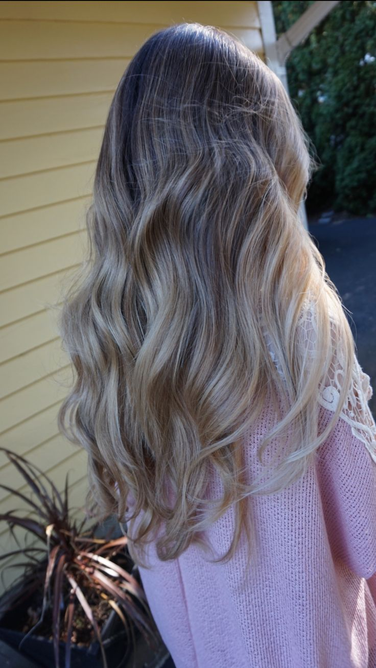 Creamy pearl blonde Balayage Sombre. Hair by Abigail ...