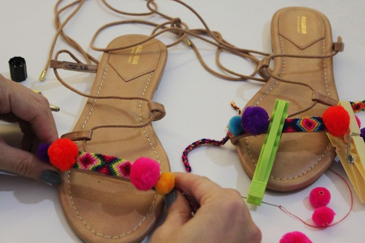 DIY pompom sandals