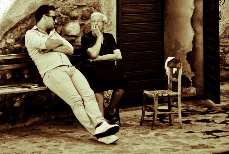 Giovanni Filareti - Per me valorizzare un territorio significa connettere tecnologia e storia locale, cultura produttiva e ambiente, spirito dei luoghi ed esperienze. Penso che il web sia il migliore strumento comunicativo  e democratico per aiutare un settore come il turismo che oggi ha bisogno di un grande rinnovamento. Invasione di Cariati.  #InvasioniDigitali