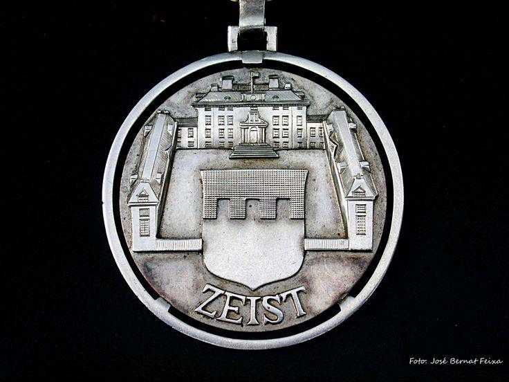 Medaille van de burgemeesters ambsketen te Zeist