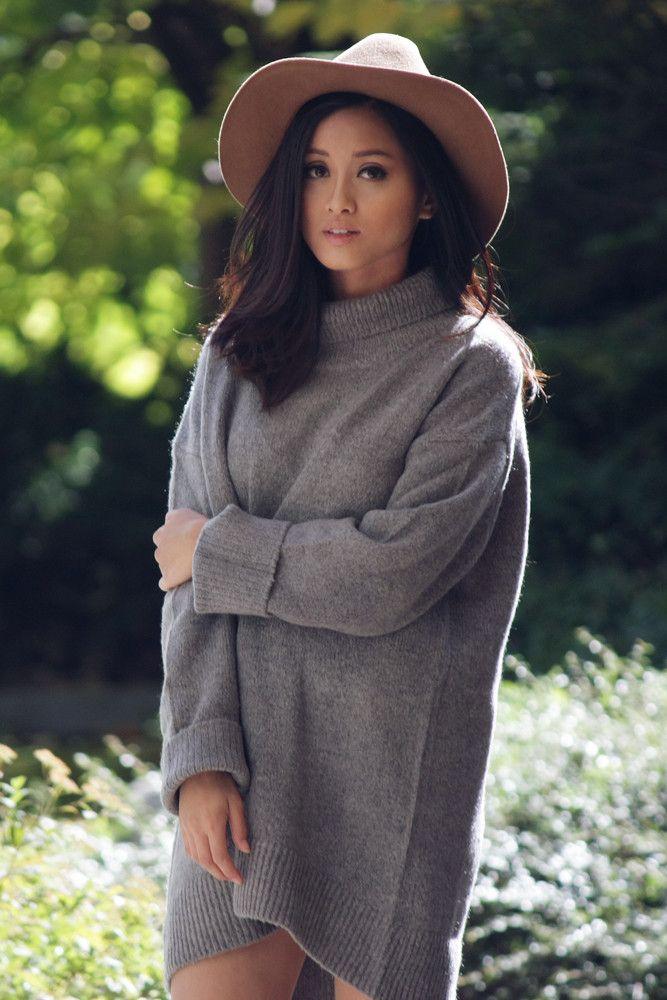 Zara turtleneck and wide brimmed hat