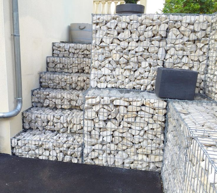 les 25 meilleures id es concernant mur en gabion sur pinterest banc jardin murs de. Black Bedroom Furniture Sets. Home Design Ideas