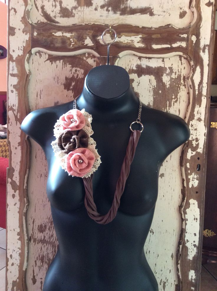 Burgandy pand pale pink necklace