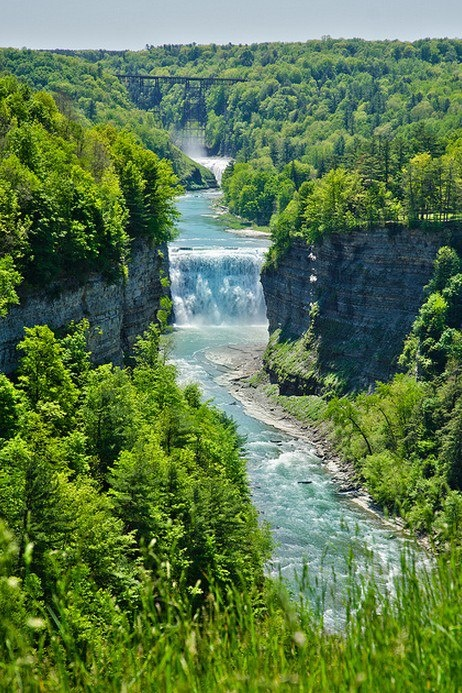 Waterfall, Letchworth, New York. - photo via Art & Design on fb