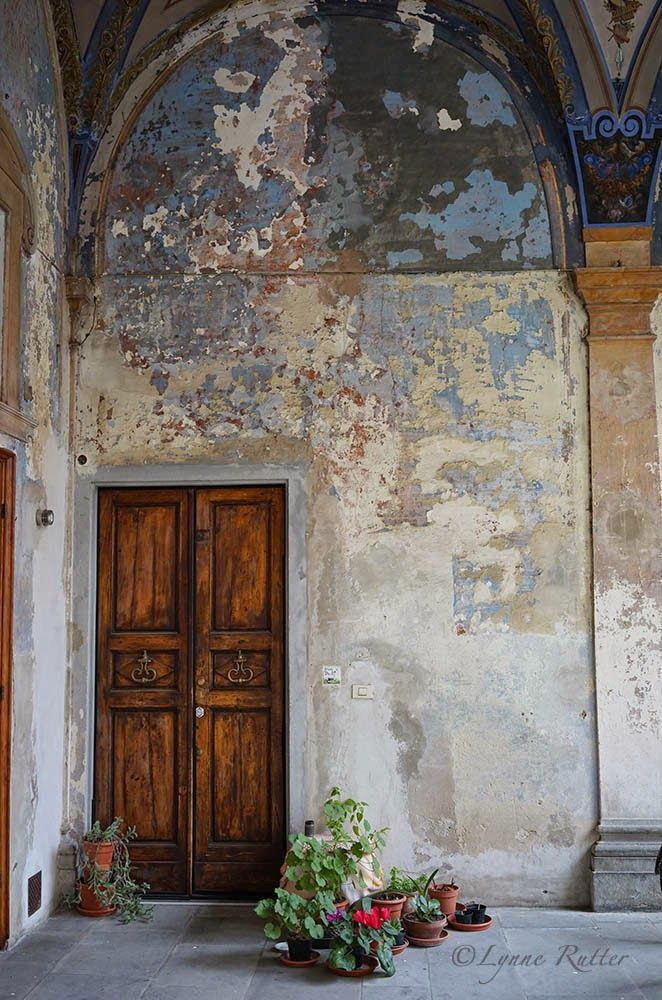 Distressed Stucco Walls Exterior: The Ornamentalist: The Dignity Of Artful Decay