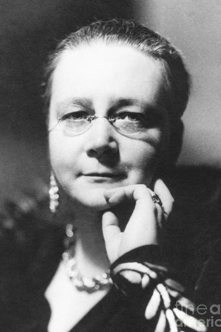 Dorothy l sayers british writers dorothy l sayers fiction