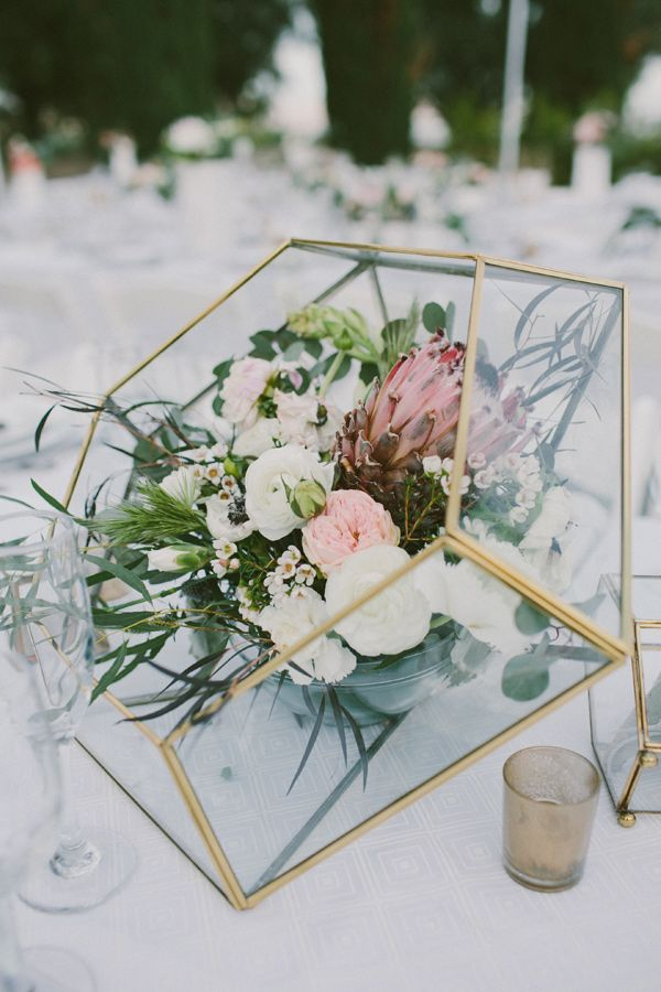 gold geometric centerpiece vase - photo by Laura Goldenberg