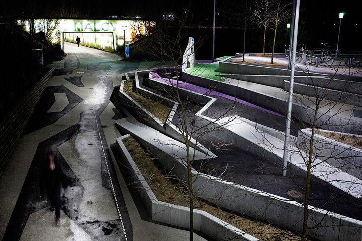 Måløv Axis - Ballerup, Dinamarca   http://www.bimbon.com.br/projeto/mobiliario_urbano_20_projetos_de_parques_e_pracas_pelo_mundo