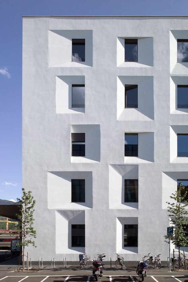 Michael Tribus - Renovation of a former post office to a passivhaus certified civic office, Oderzo 2006
