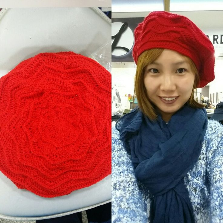 Wave beret : yarnspirations.com