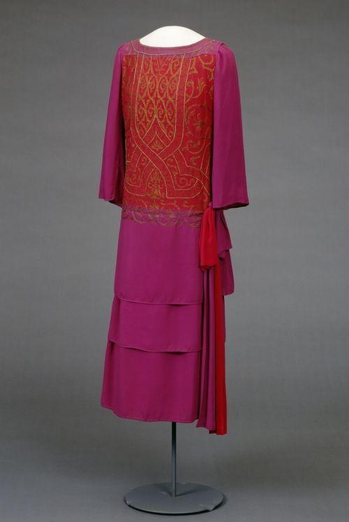 Dress  1923-1925  Nasjonalmuseet for Kunst, Arketketur, og Design
