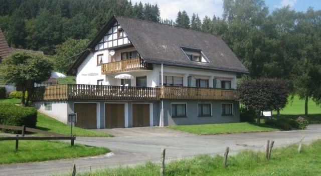 Pension-Gästehaus Waldhof - #Guesthouses - CHF 29 - #Hotels #Deutschland #Winterberg http://www.justigo.li/hotels/germany/winterberg/pension-ga-stehaus-waldhof_216018.html