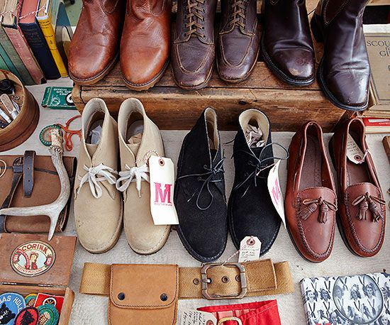 Put on your walking shoes and stop in at America's premier marketplaces -- you'll find country primitives, midcentury modern furniture, vintage fashions, upcycled treasures, and more. Here are a few insider tips for wending y/