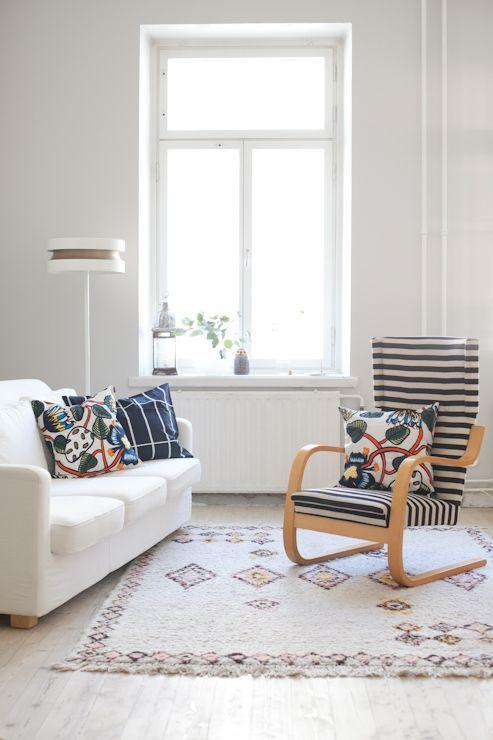 Marimekko's Tiara cushion covers. From the blog Vihreä talo.