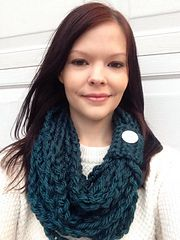 "Infinity chain scarf is 14"" long and made with a Q and K hook. You'll need one skein of bulky yarn and a button if you choose. Very easy for beginners."