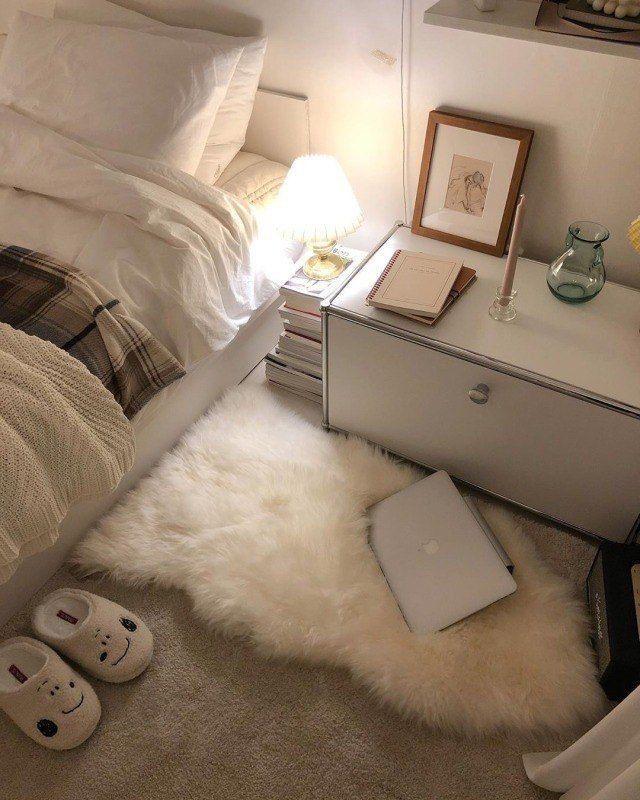 Smallroomdesignscheap In 2020 Minimalist Room Aesthetic Room
