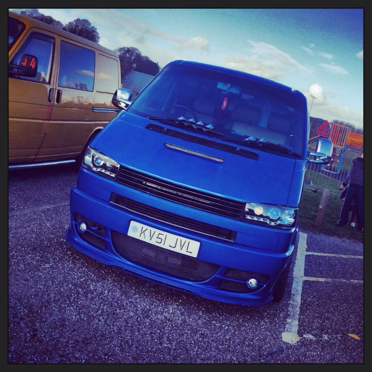 VW Volkswagen T4 transporter - @thebrownbomber on Instagram