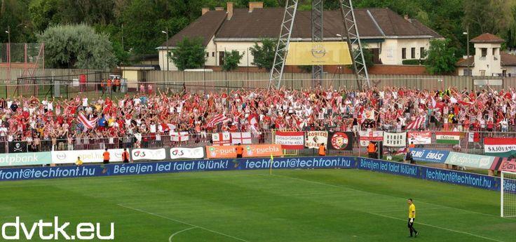 A DVTK szurkolói Kispesten (2012. augusztus 5.)