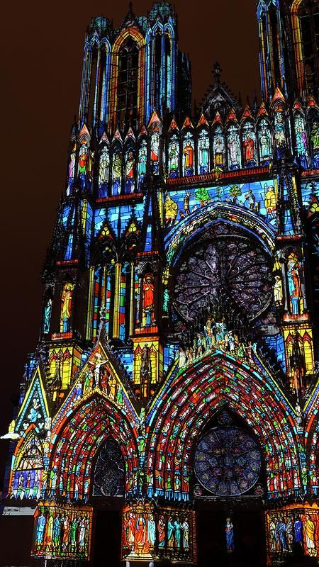 Notre-Dame Cathedral of Reims in France - Light Show for its 800th Anniversary by arnaud http://TravelNerdNici.com