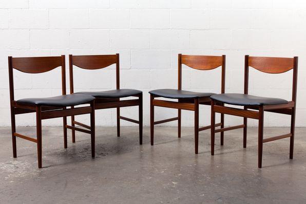 Set Of 4 Danish Teak Backed Dining Chairs