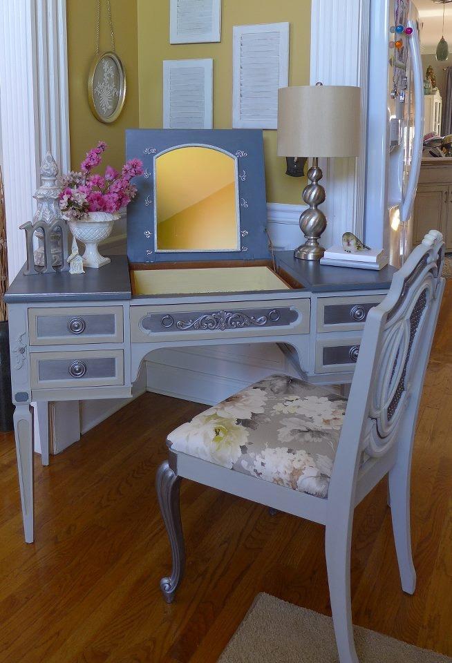 108 best {vanity/desk} images on Pinterest   Bedroom ideas, Mint ...
