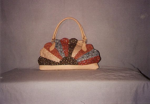 Dresden Plate Quilted Purse Pattern by TotheEdgeStudio on Etsy, $7.50