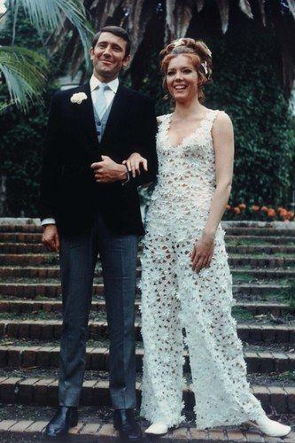Diana Rigg est Teresa Di Vicenzo dans Au service secret de sa Majesté en 1969. Son James Bond ? George Lazenby