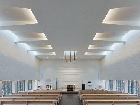 Image 13 of 28 from gallery of St. Paulus Church / KLUMPP + KLUMPP Architekten. Photograph by Zooey Braun