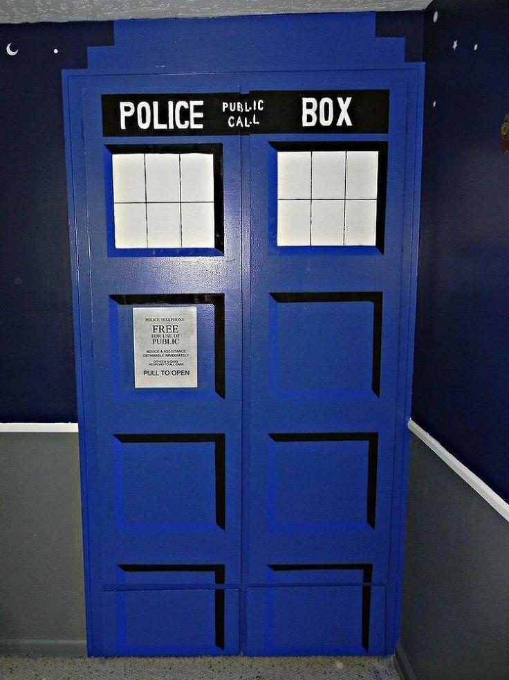 diy tardis bedroom closet - Dr Who Bedroom Ideas