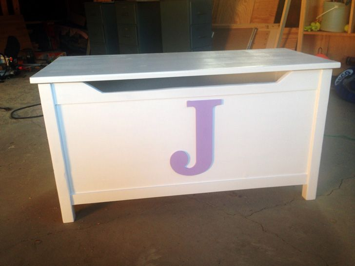Cute Diy Toy Box Monogramed Toy Chest Ana White Diy Furniture Toy Chest Diy Toy Box