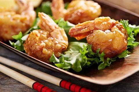 Szukasz przepisu na pyszne smażone krewetki w cieście? Wypróbuj, jak smakują ciasta Kuchni Lidla!
