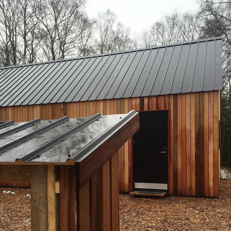 The fire wood rack will match the cabin... #barnhousecabin #cabin #cabinjournal #cabinporn #tinyhome #tinyhouse #tinyhousebuild #designbuild #intothewoods #quietplace #nordic #scandinavian #cedar #cedarcladding #cedar #cedarcladding #moelven #firewood #storage by barnhousecabin