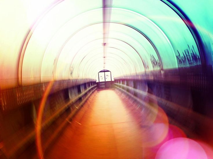 Радужный мост Эйнштейна-Розена !