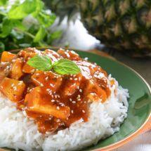 Wok poulet ananas. Une recette rapide, idéale pour les amoureux de sucré-salé !