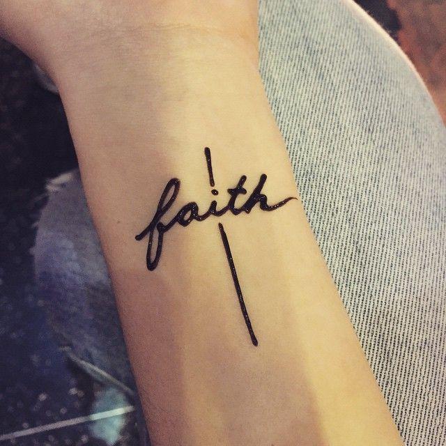 As 25 melhores ideias de faith hope love tattoo no for Faith hope love tattoo meaning