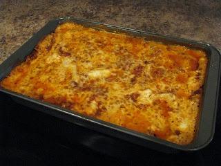 Becoming Betty: EASY homemade lasagna