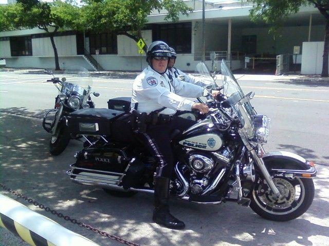 West Palm Beach Fl Police Department Harley Davidson Motorcycle Setcom Motorunit Police Cop Policeofficer Helmet Brands Motorcycle Harley Motorcycle