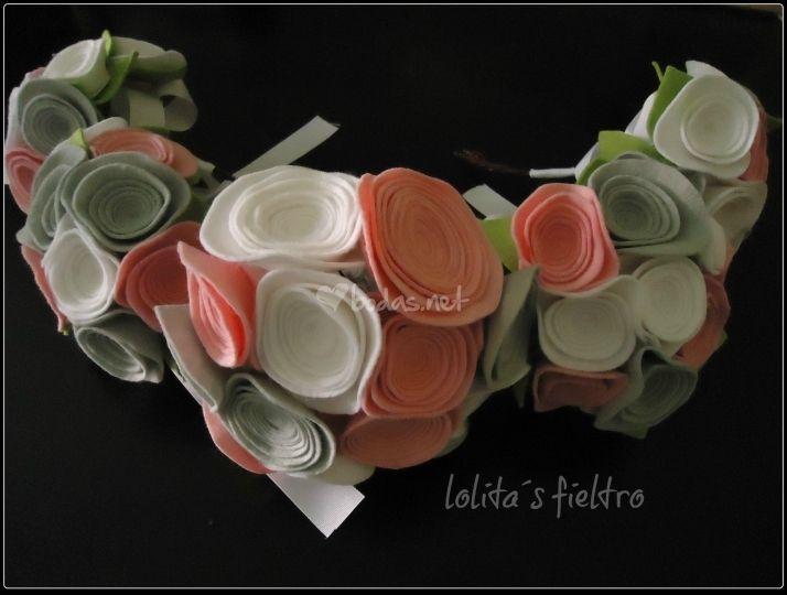 Foto de Lolita's Fieltro - http://www.bodas.net/complementos-novia/lolitas-fieltro--e19019