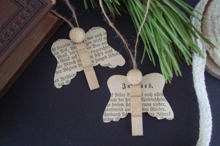 Kleefalter: Engel aus Wäscheklammer und alten Buchseiten                                                                                                                                                                                 More