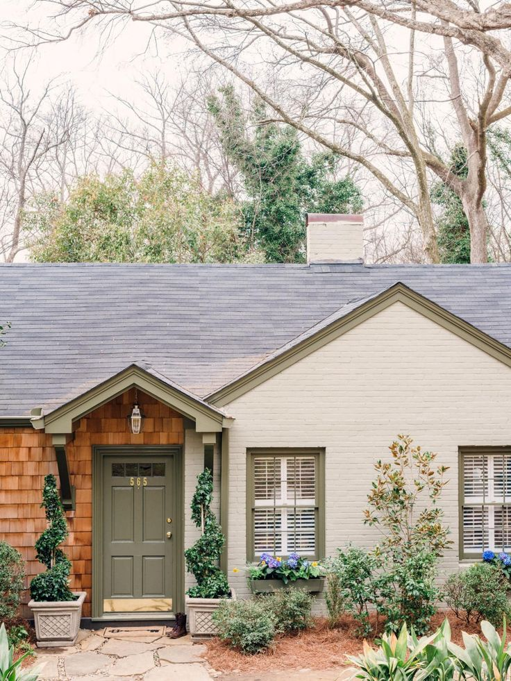 70 best english cottage look images on pinterest for Brick looking siding