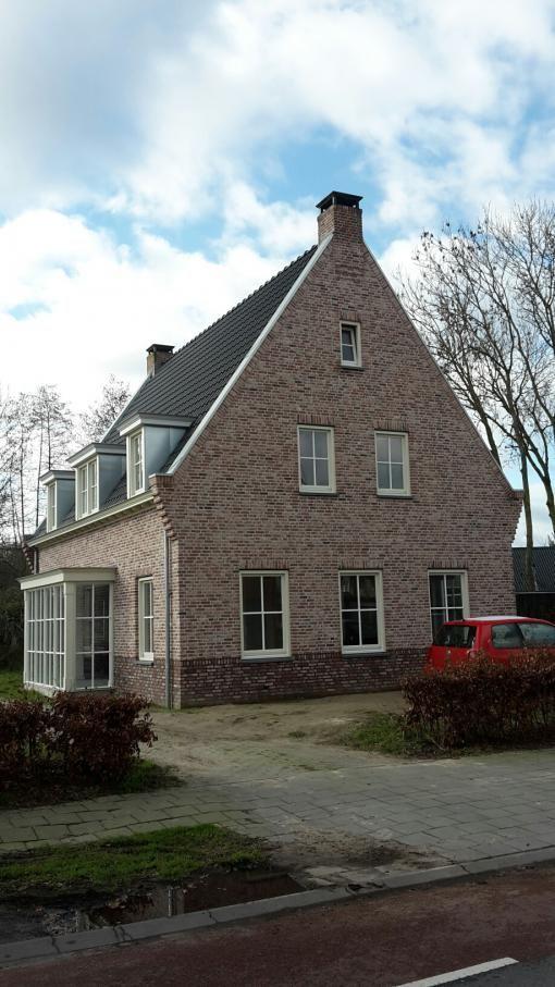 Brabants klompje - Olivier Bricks gevelstenen - getrommeld